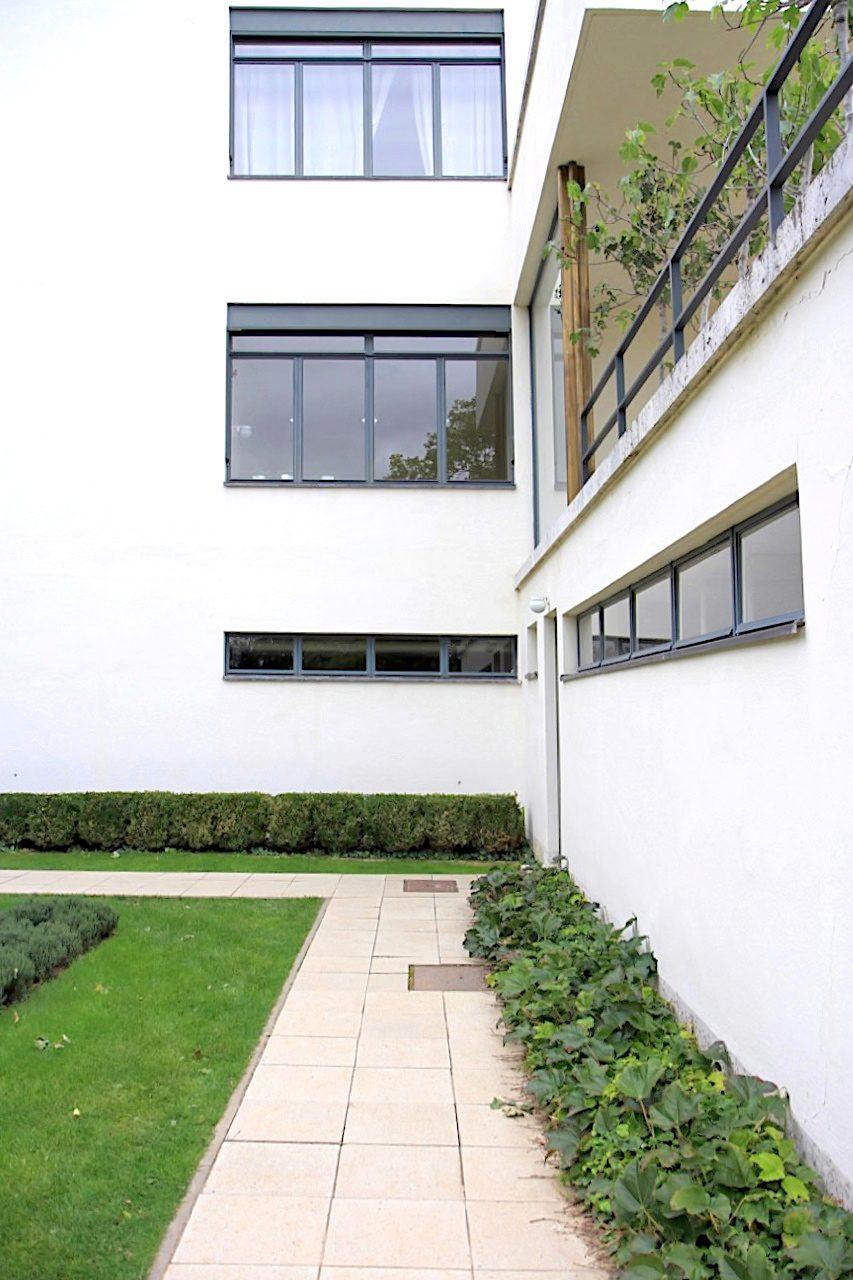 Villa Tugendhat. ... das Haus Schminke von Hans Scharoun zählen.