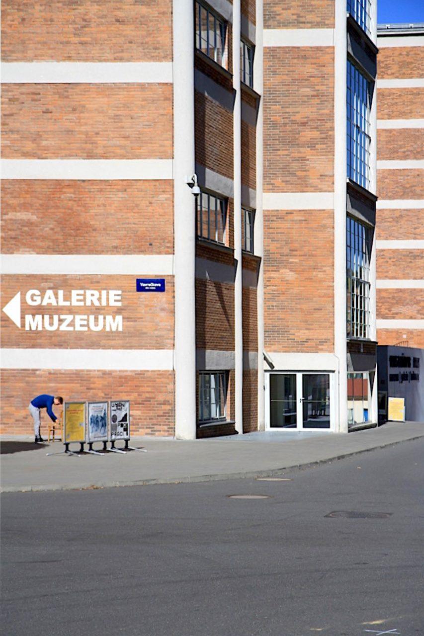 14|15 Bata Institut. Voženílek hat für Bata in Zlín und anderen Standorten Gebäude konzipiert, aber auch Masterpläne für die Industrieanlagen.