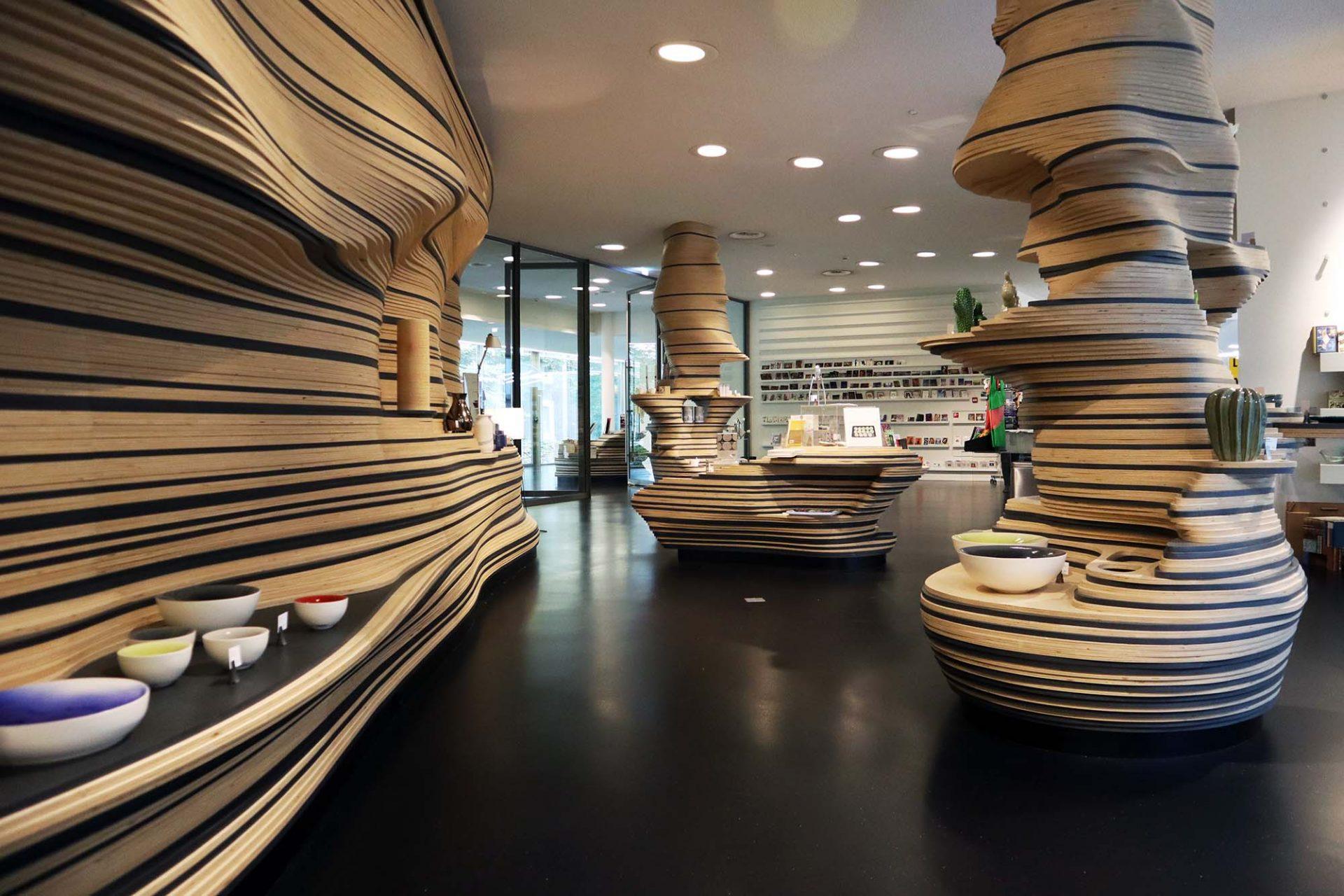 Design Museum Den Bosch. Das Interior Design kommt von den brasilianischen Campana Brüdern.