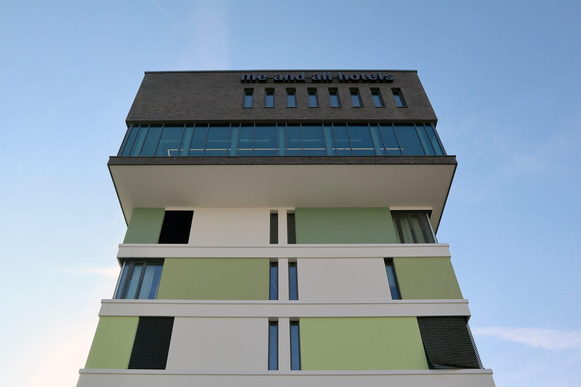 """""""me and all hotel mainz"""". Entwurf: Infra System GmbH und mann+schneberger Architekten, Fertigstellung: 2018"""