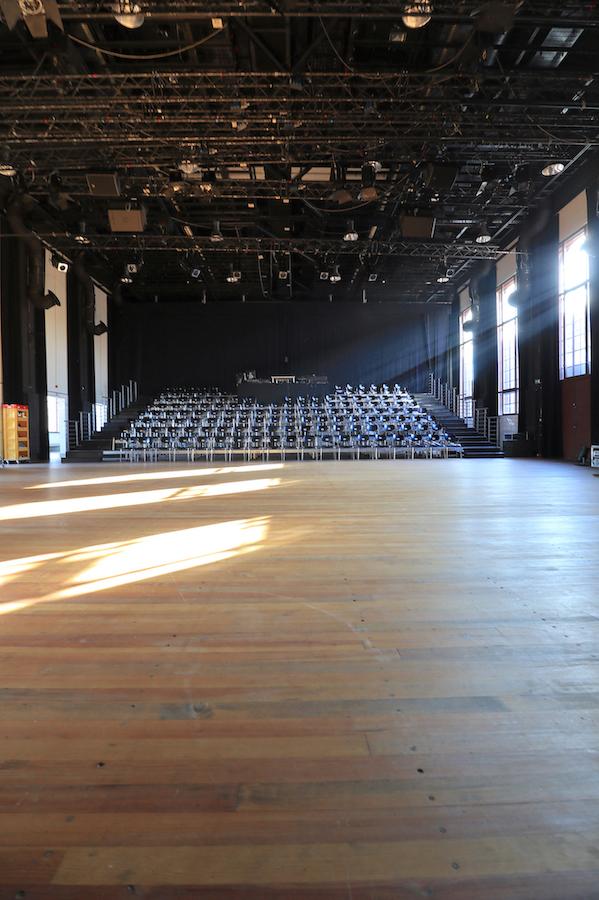 PACT Zollverein / Choreographisches Zentrum. ... zum Choreographischen Zentrum NRW (heute PACT Zollverein) um. Das Ziel: Sanierung, Umbau und Rekonstruktion mit minimalen Eingriffen, um die originale Substanz zu erhalten.