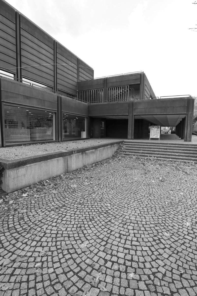 Kunstmuseum Bochum. ... unmittelbarer Nachbarschaft zum Stadtpark.