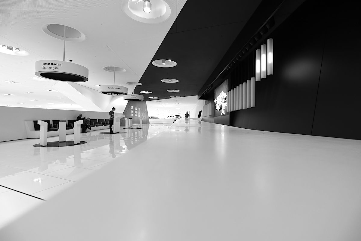 Porsche Museum. Insgesamt beteiligten sich an dem Wettbewerb für den Museumsneubau 170 Büros.