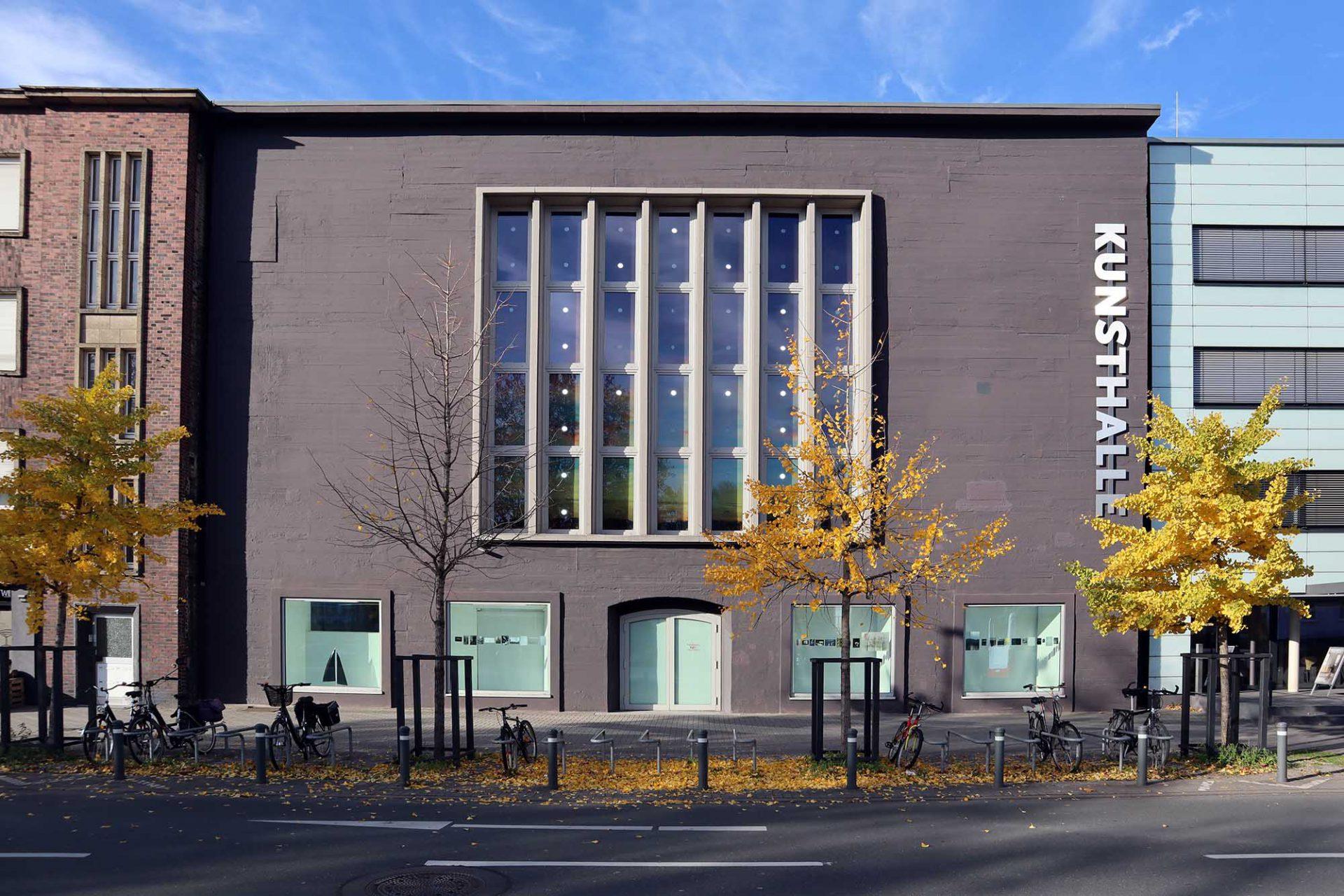 Kunsthalle Recklinghausen. Die Öffnungen mussten aufwendig in den Beton gesprengt werden.
