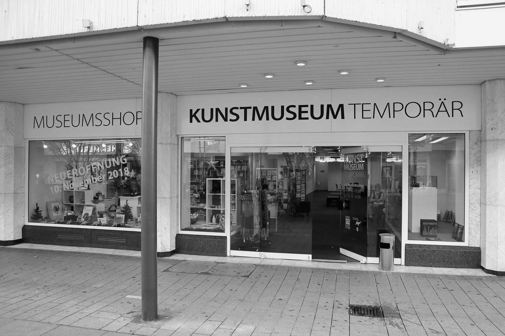 Kunstmuseum temporär. Während der Renovierungsarbeiten bis etwa 2020 findet Kunst im Hotel Noy an der angrenzenden Schlossstraße und in in der gesamten Stadt statt.
