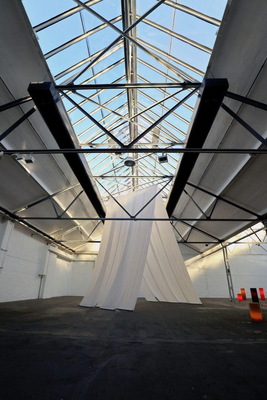 Flottmann Hallen. Teil des Konzepts ist die Ausstellungshalle, in der Wechselausstellungen mit experimenteller Kunst gezeigt wird.