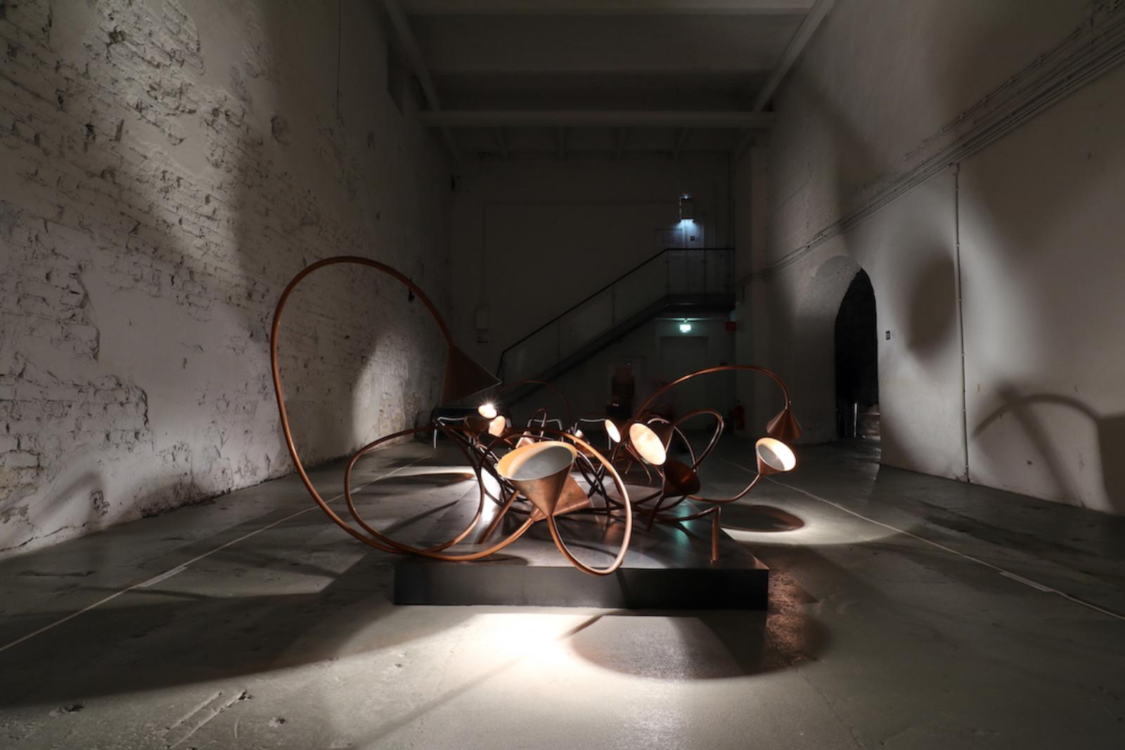 Zentrum für Internationale Lichtkunst. Lotusschatten von Rebecca Horn