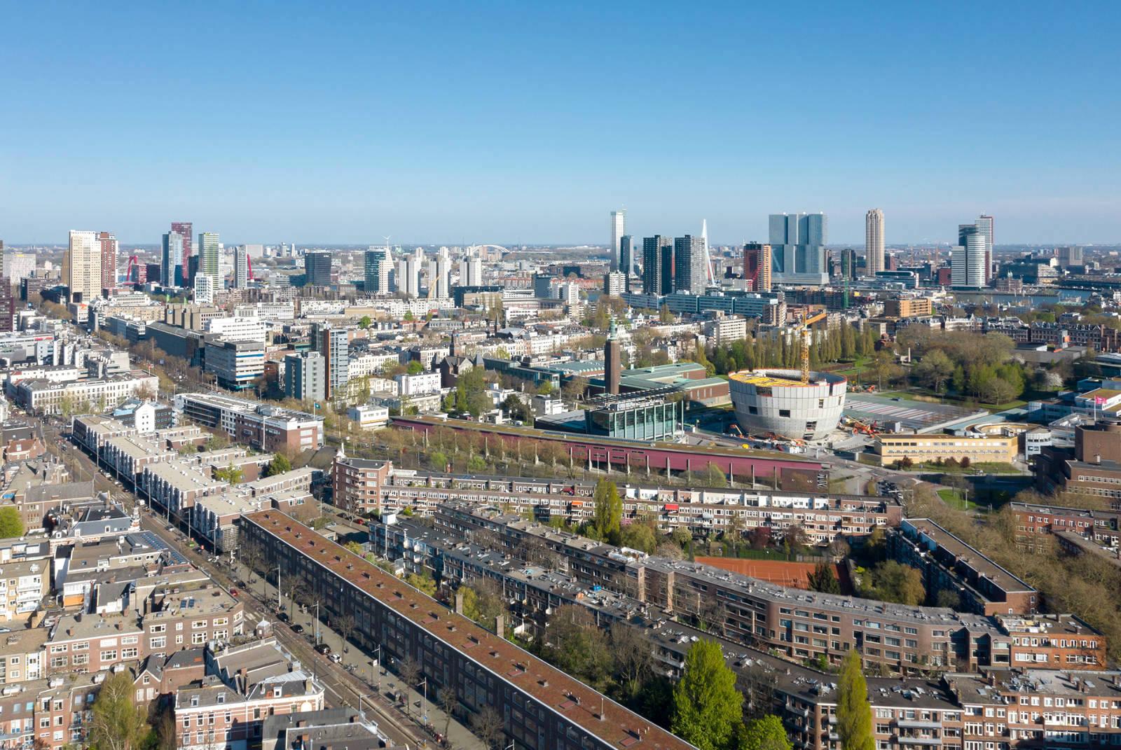 Das Depot Boijmans Van Beuningen. ist gelandet: mitten im Rotterdamer Museumspark in unmittelbarer Nähe zum Mutterhaus, dem Museum Boijmans Van Beuningen.