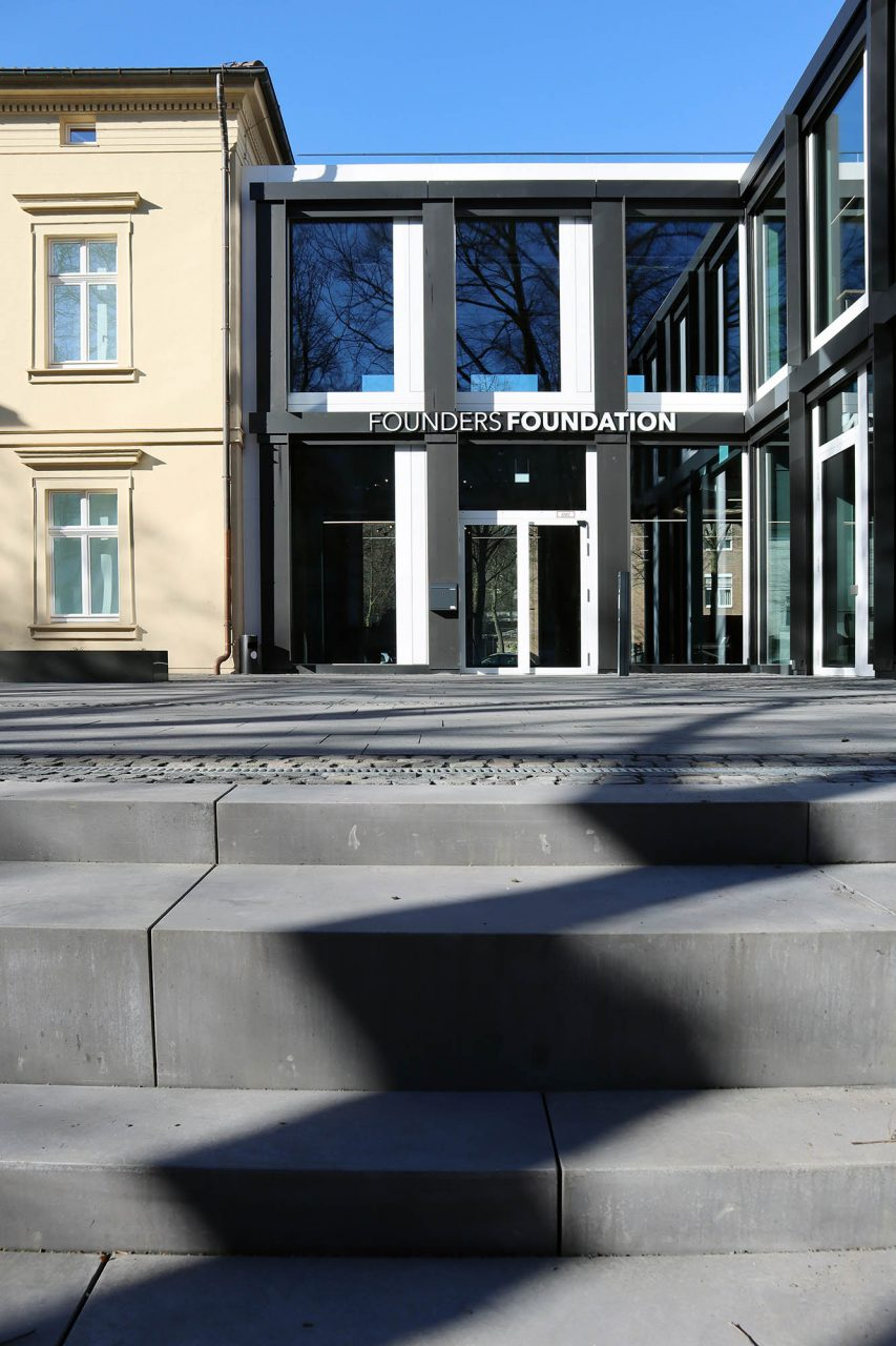 Kunstforum Hermann Stenner. Kunst, Bildung und Entrepreneurs: Die neue Zukunft für die ostwestfälische Provinz?