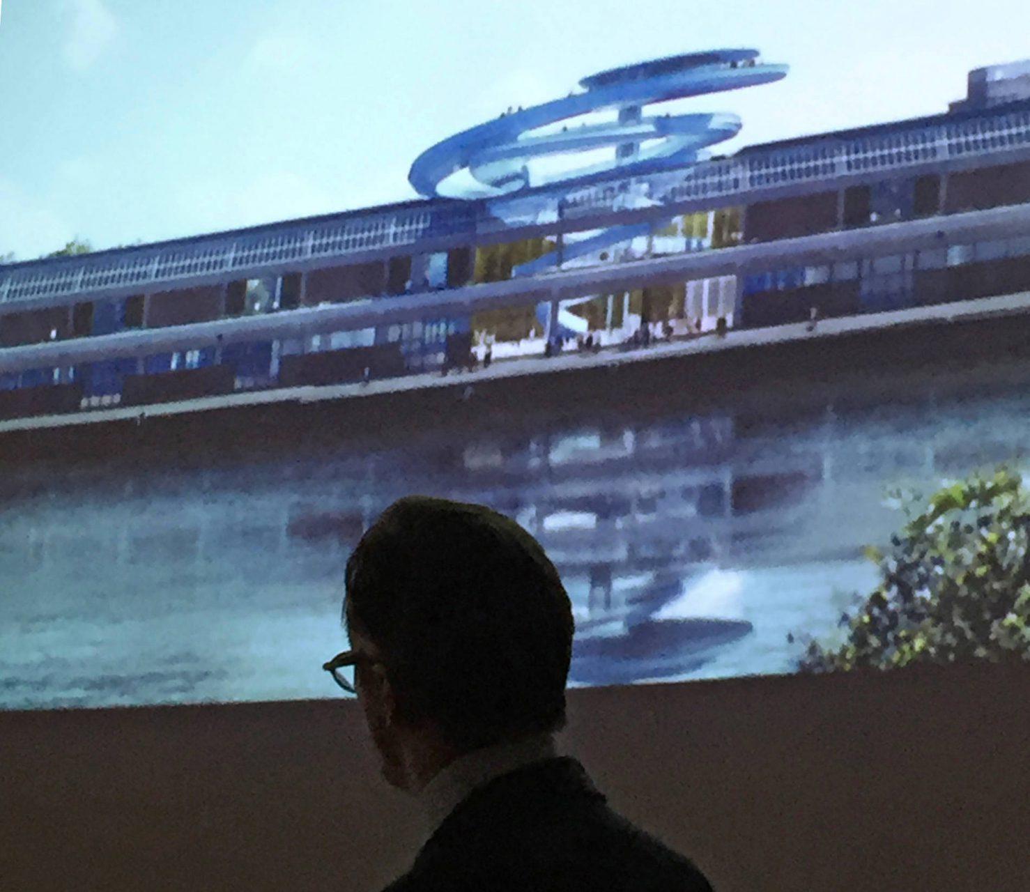 Wim Pijbes. ist Stiftungsdirektor von Droom & Daad und ehemaliger Direktor des renommierten Amsterdamer Rijksmuseum, präsentiert die erste Entwurfsskizze des Architekturbüros MAD.