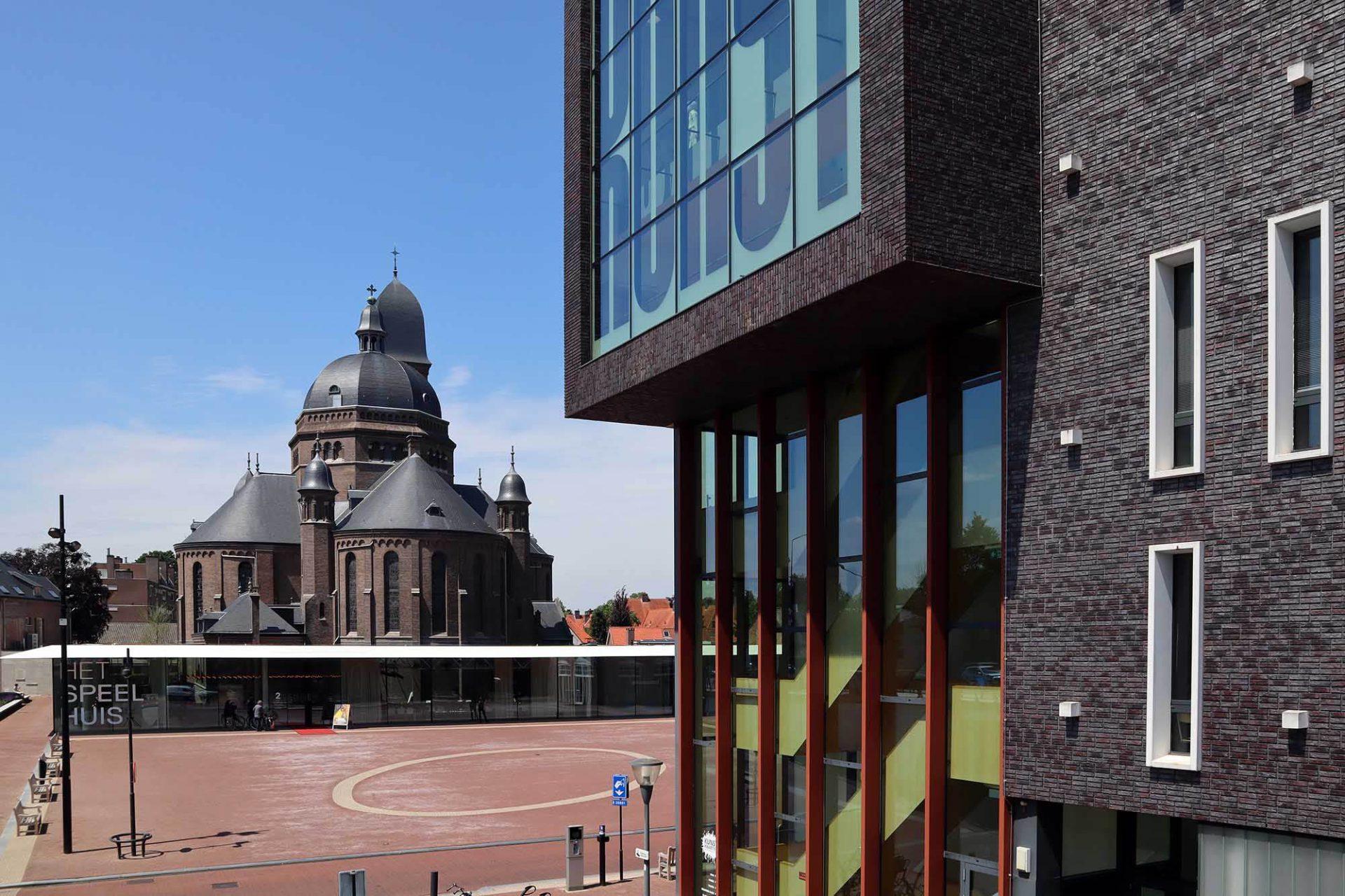 Het Speelhuis. Der Anbau nach Plänen von Van Dongen – Koschuch Architects & Planners wurde 2018 eröffnet.