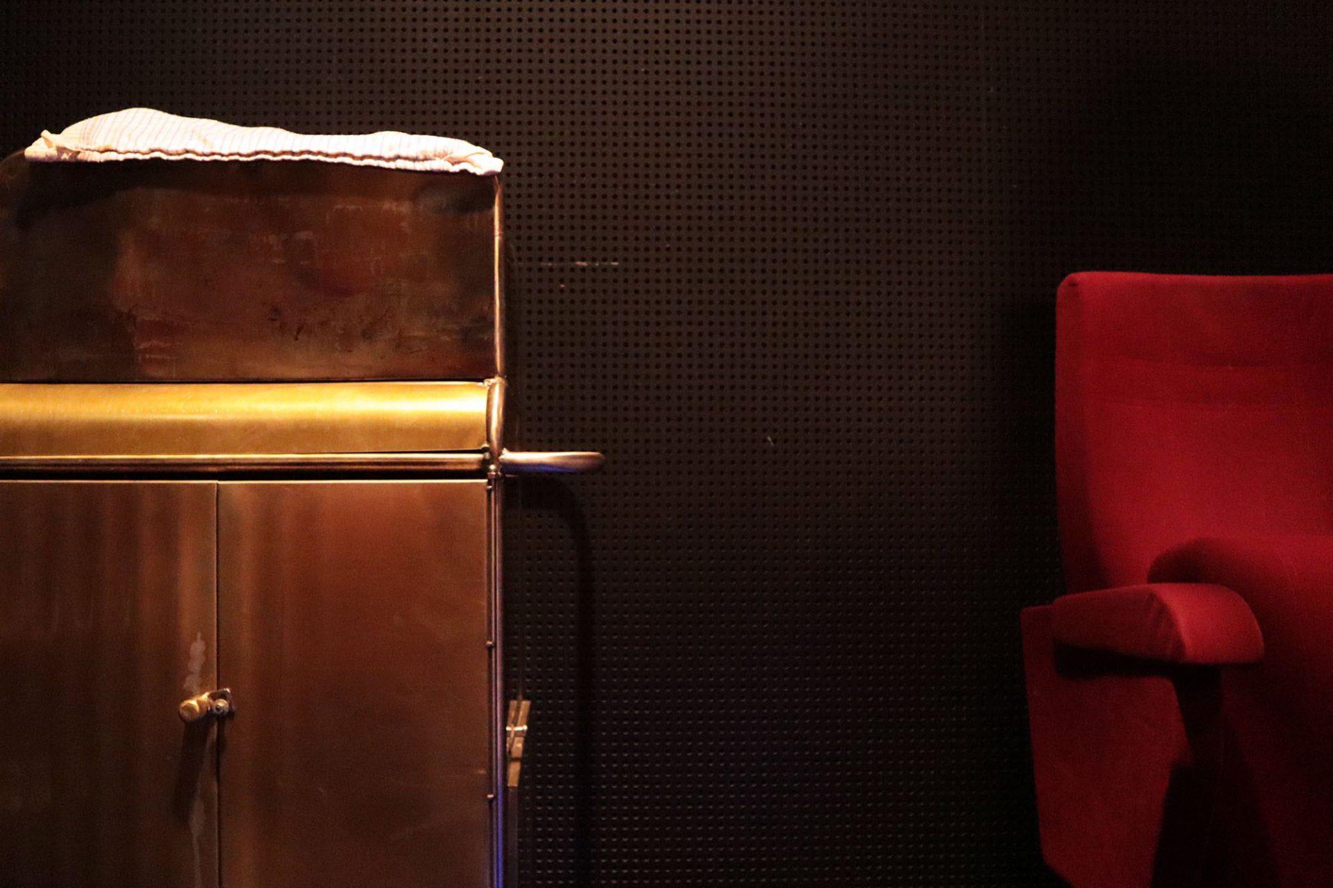 """De Cacaofabriek. Montags bis Freitags werden beim """"De Goedemorgen Film"""" Kaffee und Schokolade zu Filmklassikern gereicht. Hier soll auch an die glanzvolle Zeit der alten Lichtspielhäuser erinnert werden, wie dem ehemaligen Scala im heutigen Kunstkwartier."""