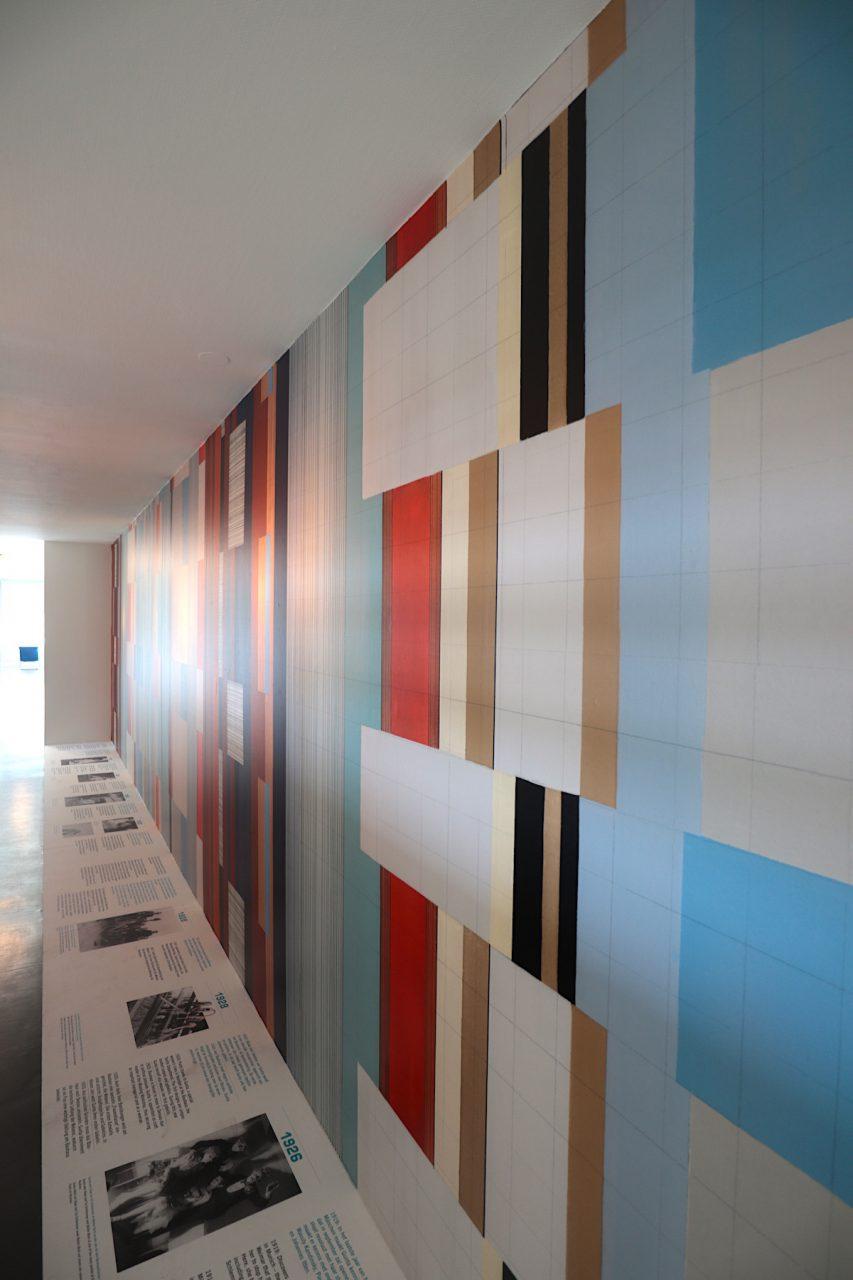 Gunta Stölzl: 100 Jahre Bauhaus-Stoffe. Die Ausstellung ist noch bis zum 2.9.2019 anlässlich des Bauhaus 100-Jahres zu sehen.