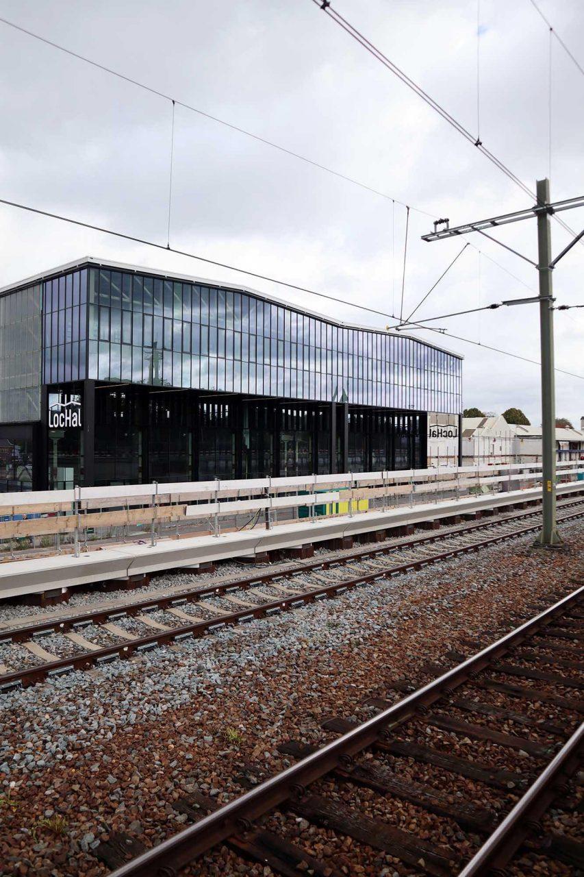 LocHal. Die neue Bibliothek der Region steht direkt am Bahnhof. Die äußere Gestalt blieb nahezu erhalten.