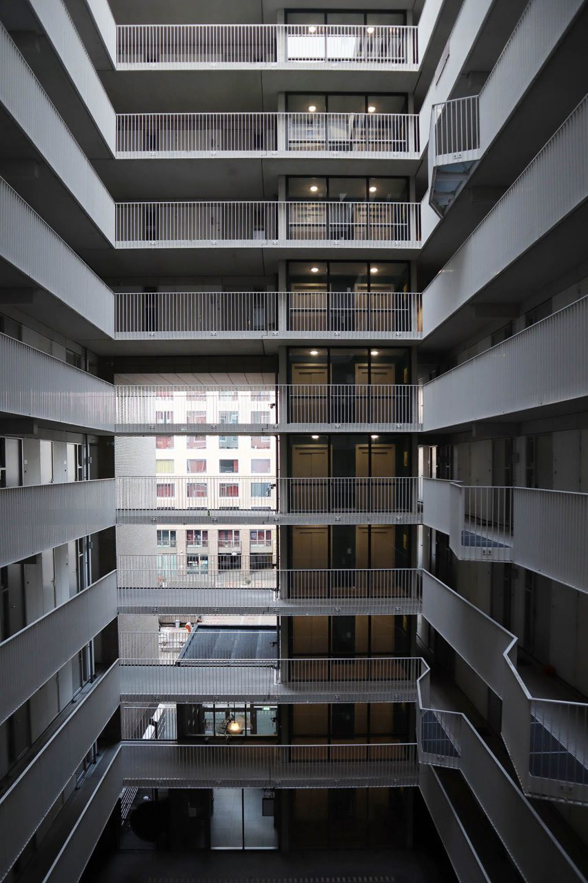 Talent Square. Das Wohnheim wurde 2013 nach Plänen des Tilburger Büros Bo.2 architectuur en stedenbouw realisiert.
