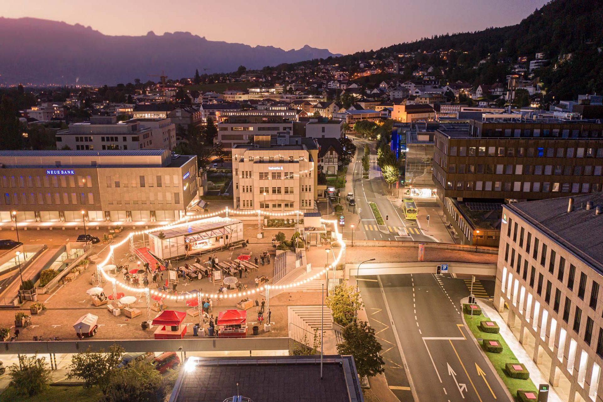 Base Camp: Vadozner Huus. ... das Projekt mit dem Ziel die Zentrumsentwicklung von Vaduz voranzutreiben.