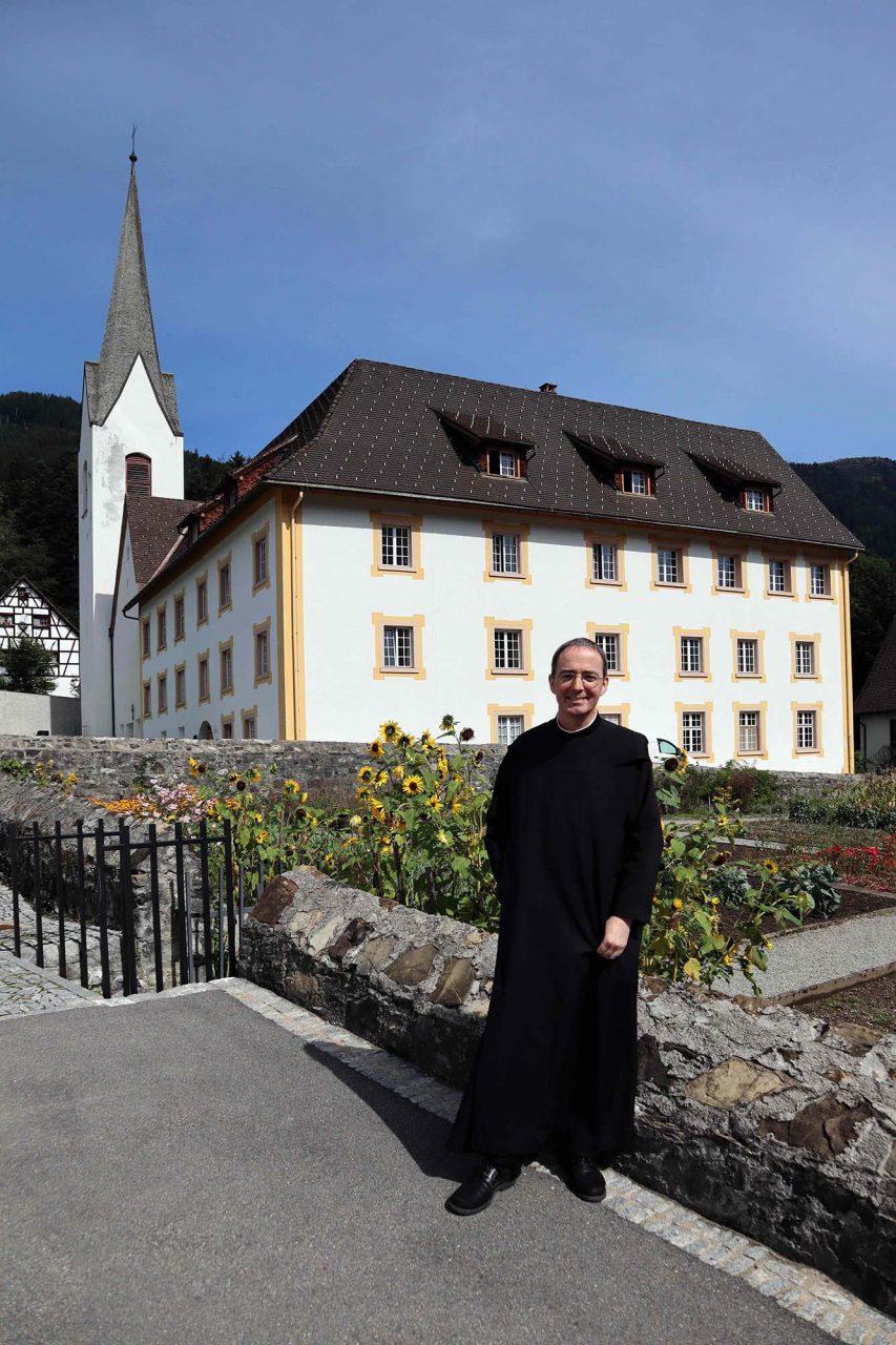 Propstei St. Gerold. Auch Pater Kolumban Reichlin, der Bauherr der Anlage ...