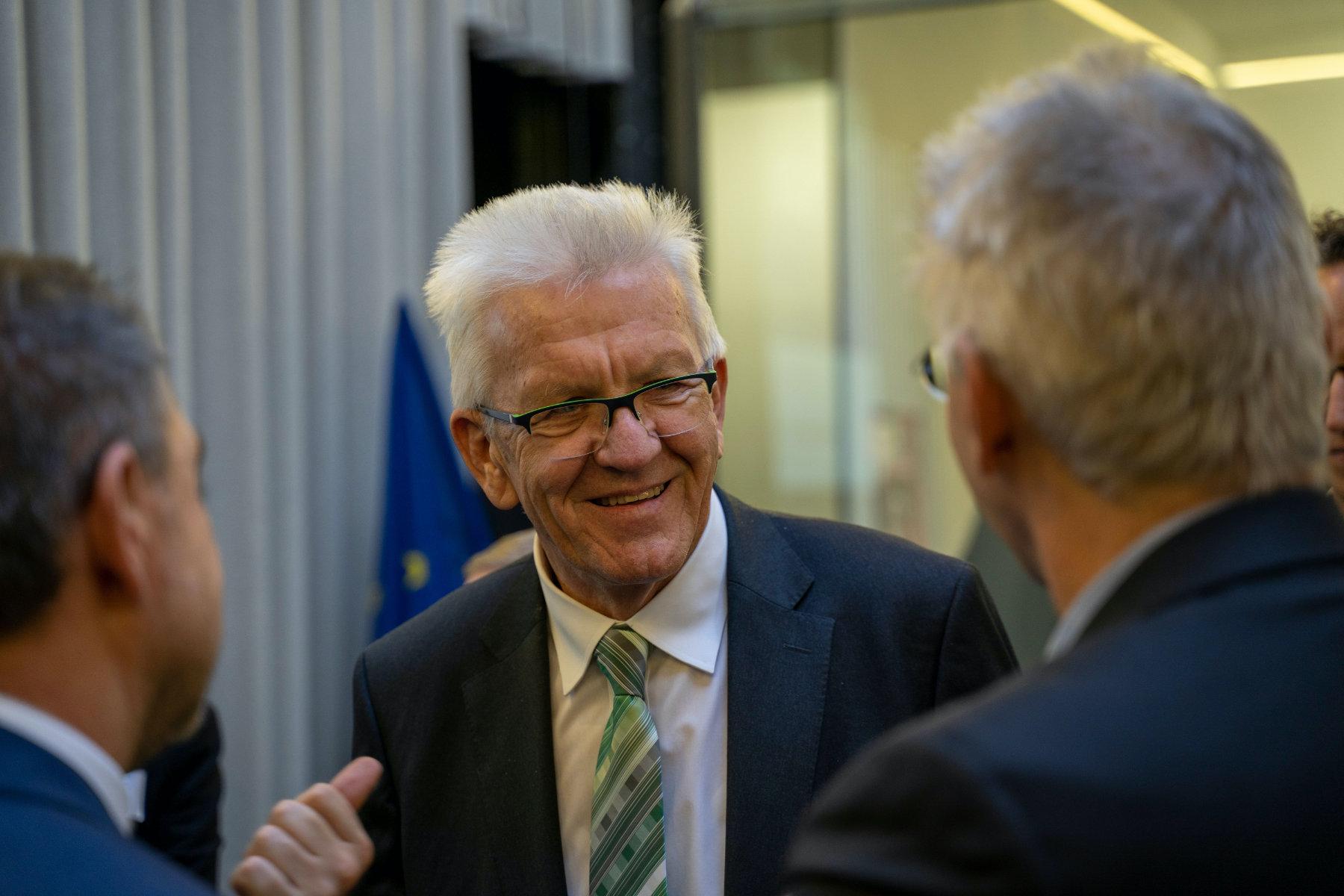 Winfried Kretschmann. Der Ministerpräsident des Landes Baden-Württemberg ist Schirmherr der DACH+HOLZ International 2020 und wird zum Ende des Architekturkongress über die Bedeutung des heutigen Holzbaus sprechen.