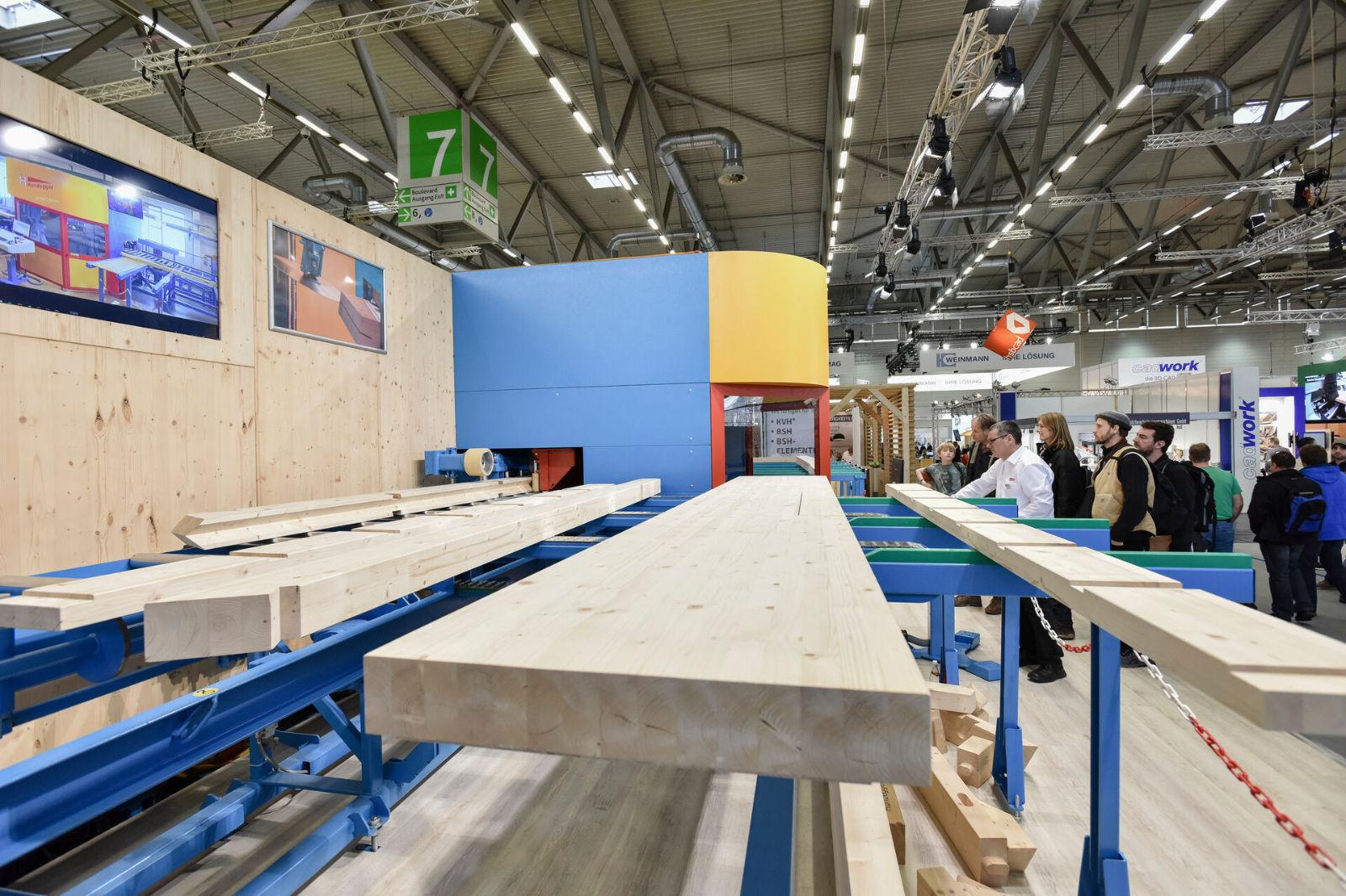 DACH+HOLZ International 2020. ist die Leitmesse für Holzbau und Ausbau, Dach und Wand und präsentiert die ganze Vielfalt der Gewerke.