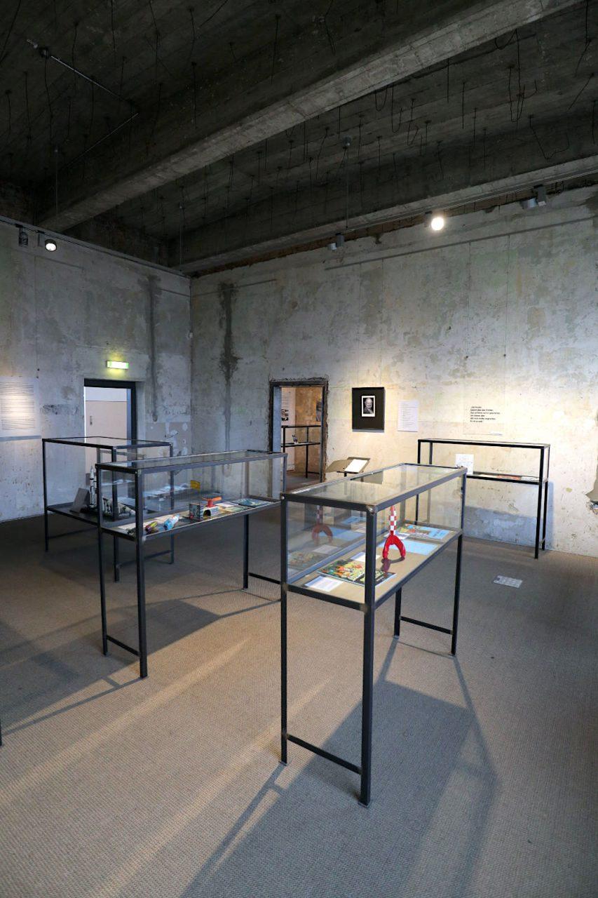 Historisch-Technisches Museum (HTM) Peenemünde. Stattdessen wurde mit dem Objekt und seiner (Innen)Architektur bedachtsam und zurückhaltend gearbeitet.