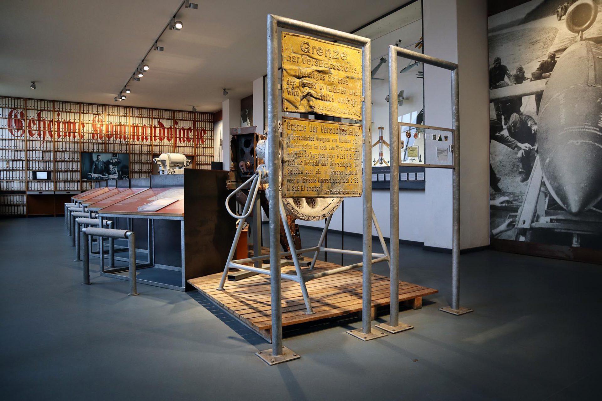 Historisch-Technisches Museum (HTM) Peenemünde. Geheime Kommandosache: im Raketenzentrum forschten weit über 10.000 Wissenschaftler.