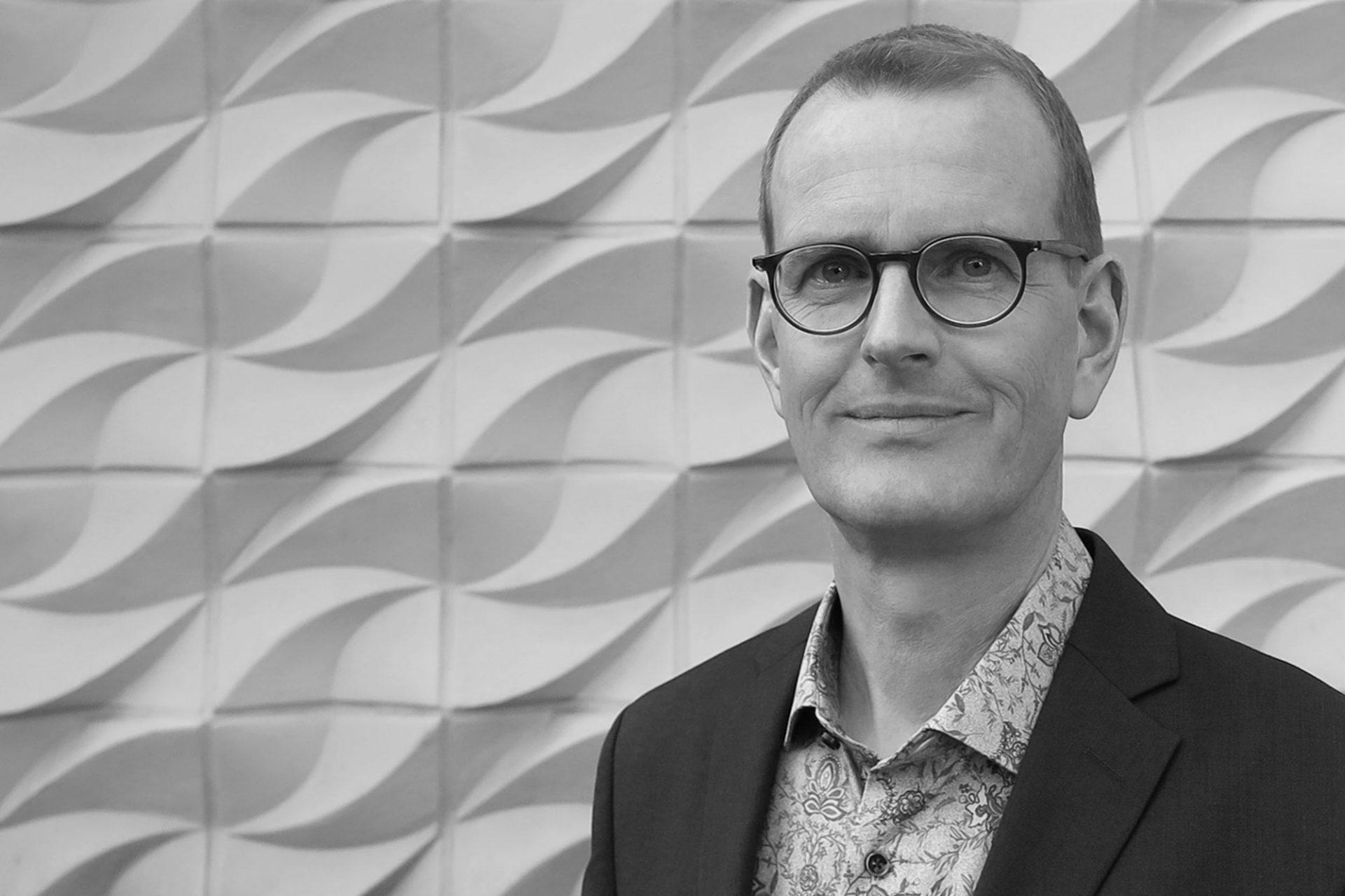 """Steffen Obermann. leitet zusammen mit Michael Ewerien """"adb –Büro für Architektur, Denkmalpflege und Bauforschung"""". Das Büro wurde 1991 gegründet."""